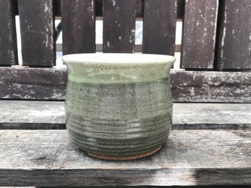 """Selling: 4"""" Green Pot with drainage"""