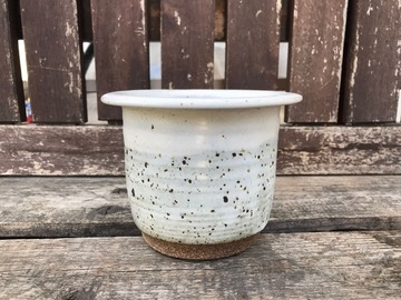 """Selling: 4"""" White Cover Pot with Lip"""