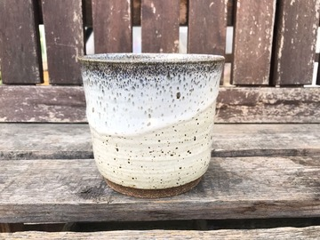 """Selling: 4"""" White Sand Cover Pot"""